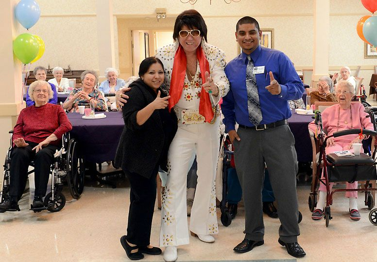 John Gilpin as Elvis at Heritage Court